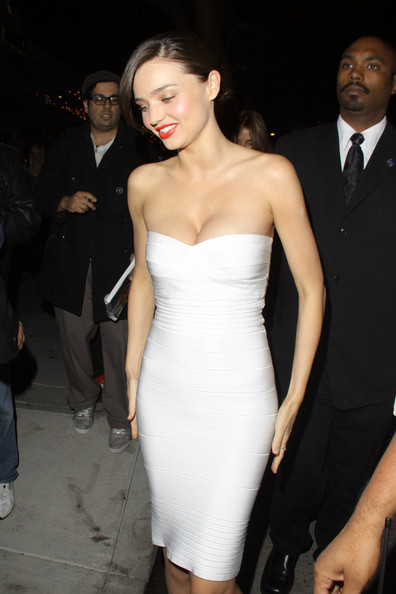 coral lips with white dress