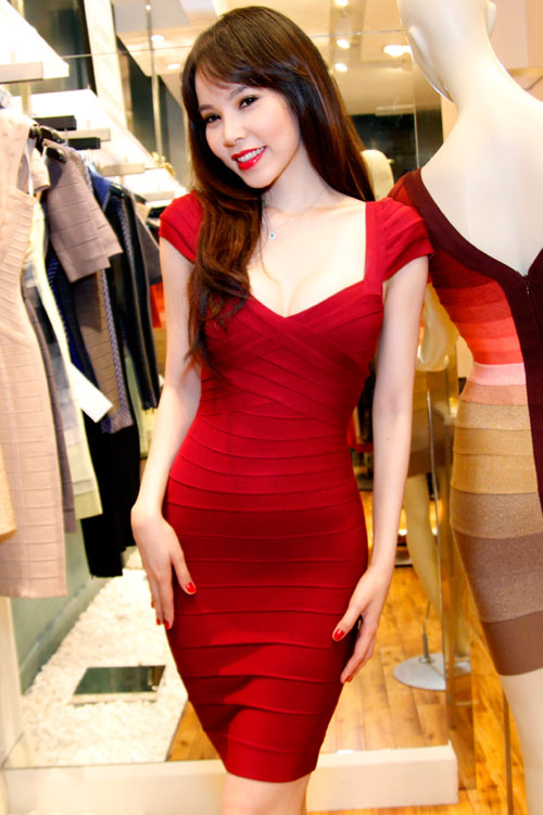 red cap sleeve herve leger